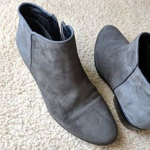 Sam Edelman Shoes - Sam Edelman Petty Chelsea Boot in Charcoal Suede